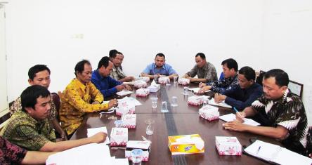 PT. WKN dan warga Desa Kumba, Seluas