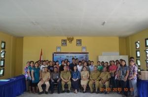 Perwakilan Bank Indonesia Kalbar, Jajaran Dinas Kumindag Bengkayang serta Peserta Pelatihan Finishing Kloster Bidai